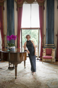 Sandra Lambert, Buckingham Palace
