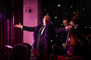 Steve Pert in Cabaret with Simply Swing