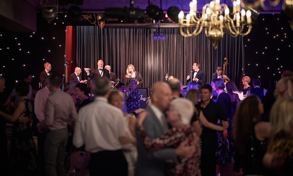 Ballroom Dance Band, UK, Simply Swing